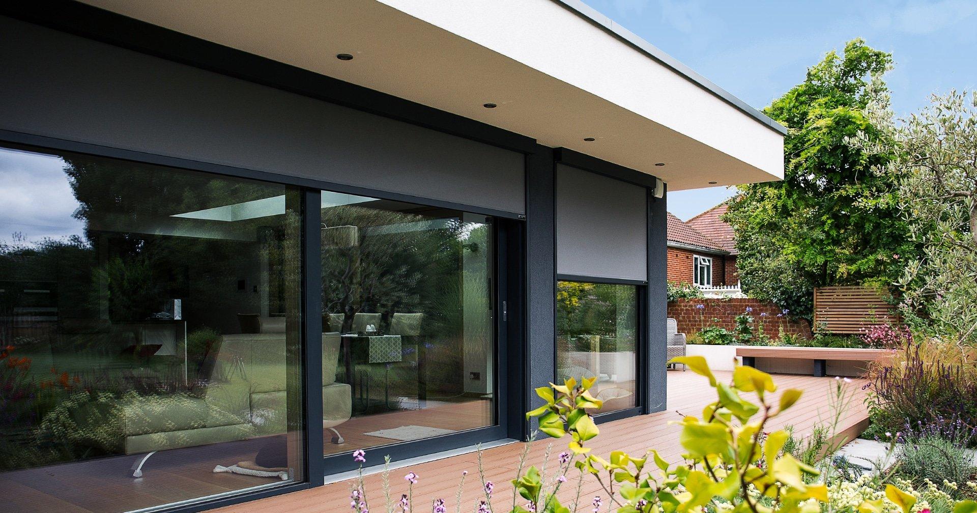 External blind for wide windows